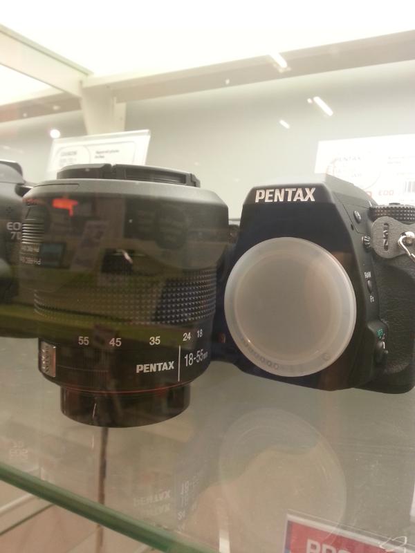 Nouvelles couleurs Pentax 2012-12-23%2013.30.26.png